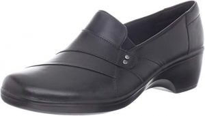 LARKS Women's May Marigold Slip-On Loafer for Flight Attendants